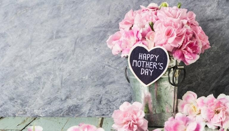 En güzel Anneler Günü mesajları ve sözleri... En anlamı, uzun-kısa, resimli Anneler Günü mesajları...
