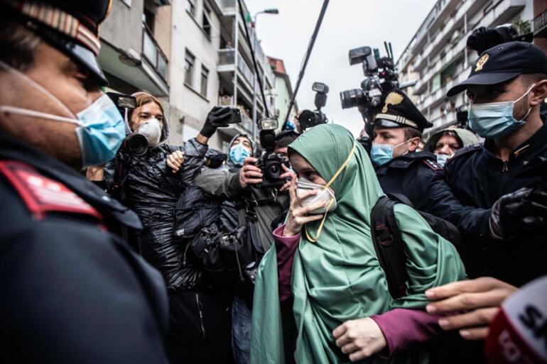 İtalyada üst üste kepazelik Müslüman olan Silvia Romanoya Yeni terörist dedi