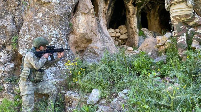 Irakın kuzeyinde PKKya ait mühimmat ve malzeme ele geçirildi