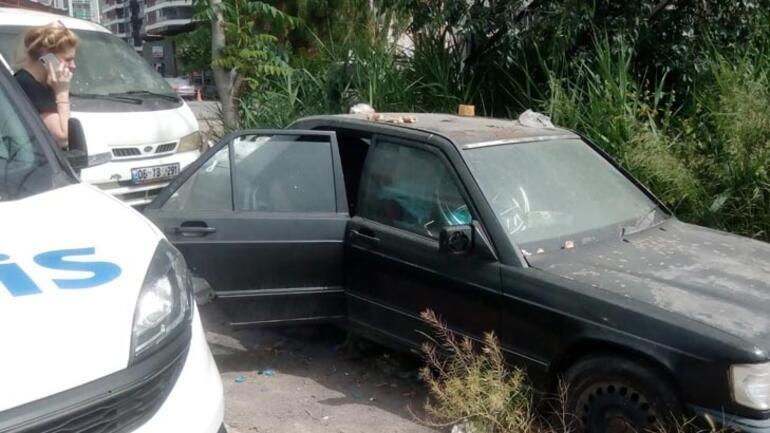 Sokakta yaşayan adam hurda otomobilde ölü bulundu