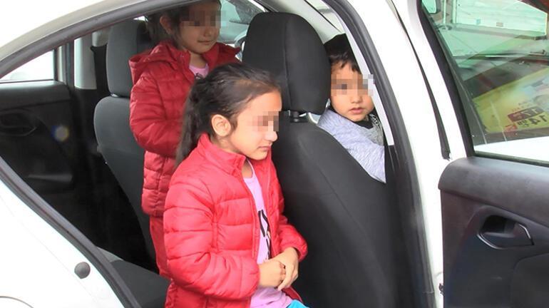 Esenyurtta otomobilde bırakılan ve korkudan ağlayan çocukları polis sakinleştirdi