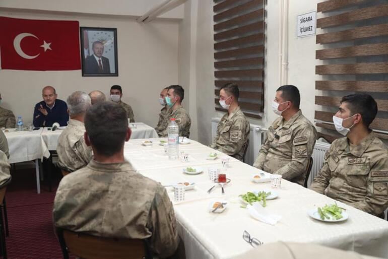 Cumhurbaşkanı Erdoğan, İkiyaka Dağlarındaki askerlerin bayramını kutladı