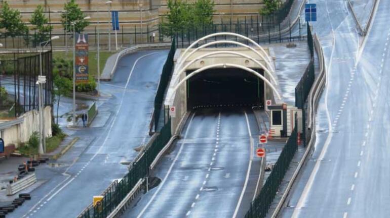 Son dakika I Avrasya Tüneli Avrupa Anadolu geçişi 1 saat trafiğe kapatıldı