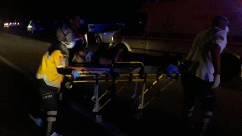 Otomobil ile traktör çarpıştı: Çok sayıda yaralı var