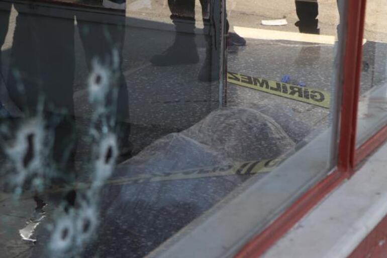 Son dakika Gaziantepte kuzenlerin silahlı kavgası: 1 ölü, 3 yaralı