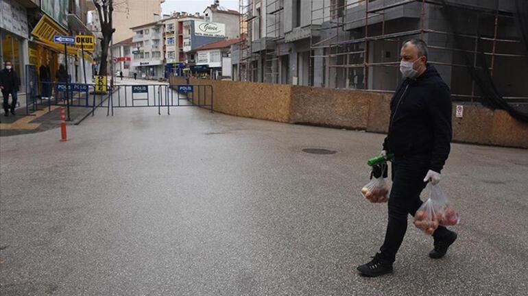 Sokağa çıkma yasağı hangi saatlerde Sokağa çıkma yasağı kaçta bitiyor Marketler açık mı