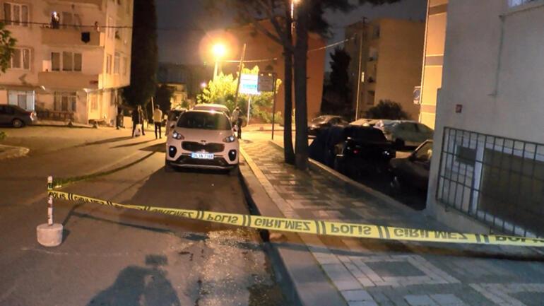 İstanbulda yol verme kavgasında silahlar konuştu: 3 yaralı
