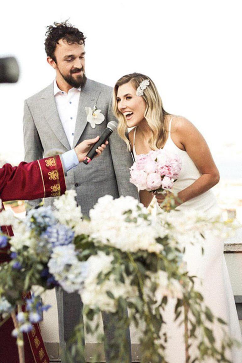 Sertaç Şanlı ve Ece Hocaoğlu evlendi