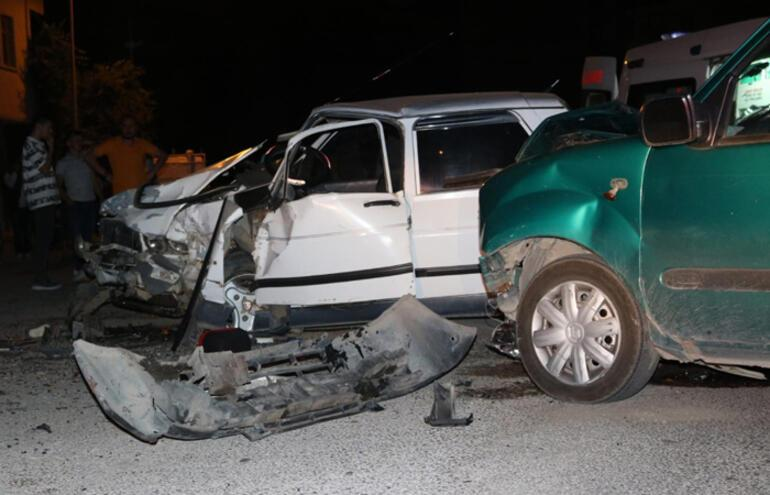 Kazada yaralandı ilk sözleri bu oldu: Çocuklarıma ne oldu