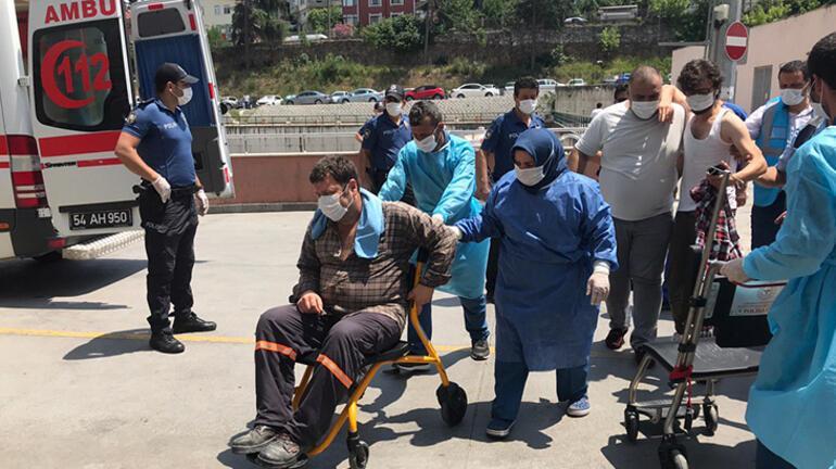 Son dakika | Sakaryada havai fişek fabrikasında şiddetli patlama Bakan Koca acı haberi verdi