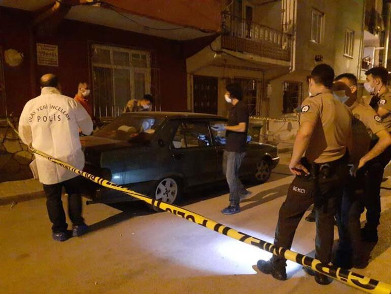 Bursada anne ve 2 çocuğu evlerinde ölü bulundu
