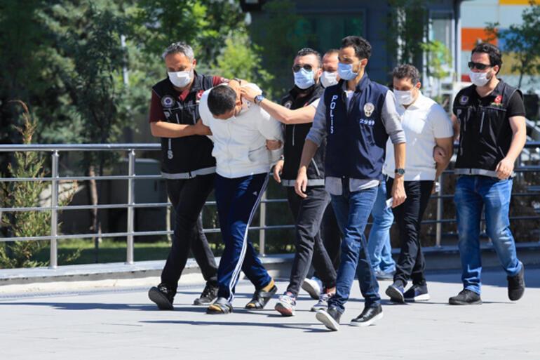Bataklık Operasyonunda gözaltına alınan 67 şüpheli adliyeye sevk edildi