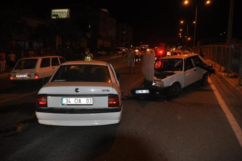 Trafik kazasında aynı aileden 4 kişi yaralandı