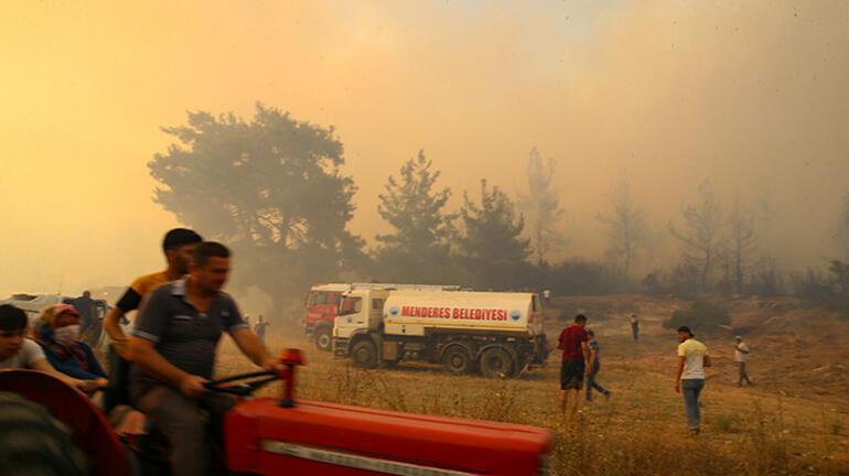 Son dakika haberi... İzmirde farklı noktalarda yangın Kontrol altına alındı