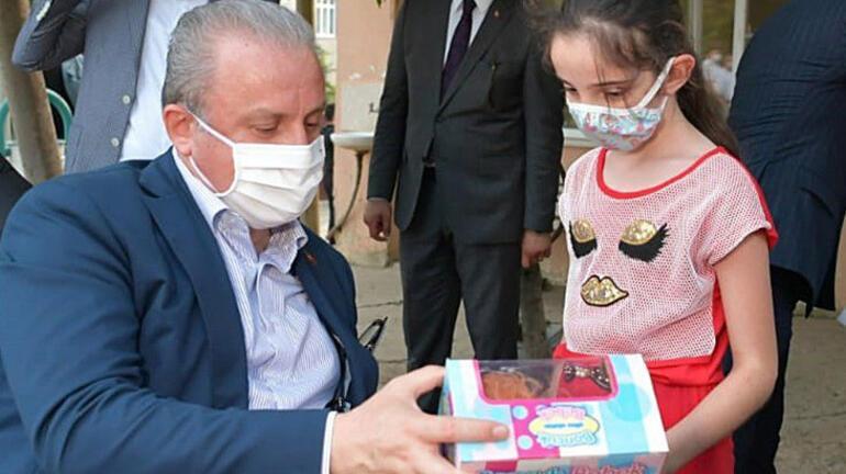 TBMM Başkanı Şentopdan çocuklara bayram hediyesi