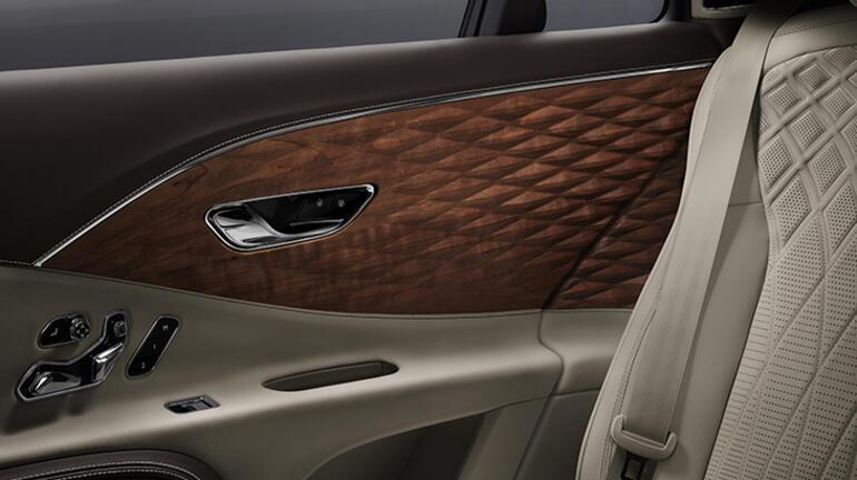 Bentley Flying Spur'da ilk kez kullandı