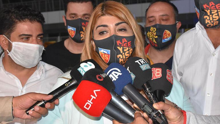 Galatasaray transfer haberleri | Berna Gözbaşı: Mensah için görüşmeler devam ediyor
