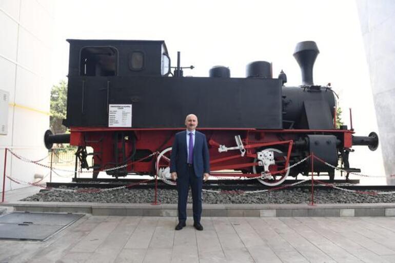 Bakan Karaismailoğlu bayramdaki yolcu ve araç rakamlarını açıkladı