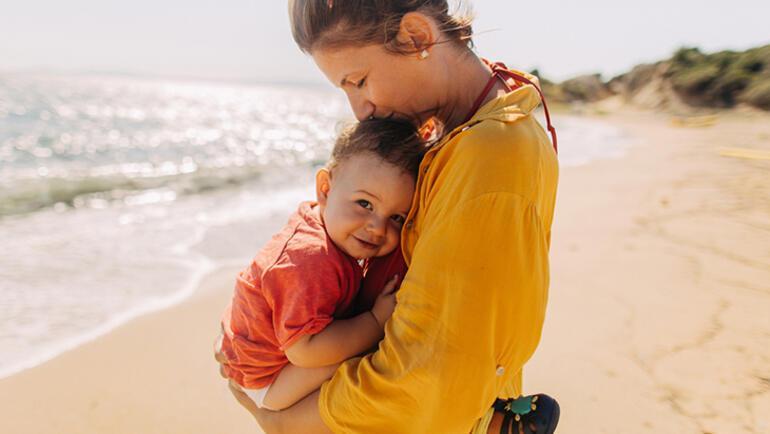 Bebek bakarken oluşan bel ve sırt ağrıları nasıl önlenir