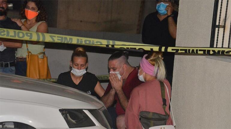 Hatay Vali Yardımcısı annesi ve erkek kardeşini tabancayla öldürdü