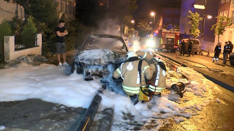 Üsküdarda feci kaza Alev alev yandı