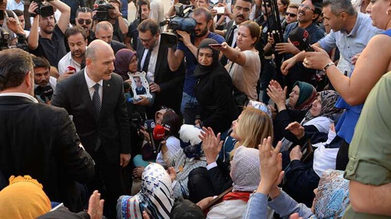 Diyarbakırda HDP önündeki evlat nöbetinde 1 yıl geride kaldı