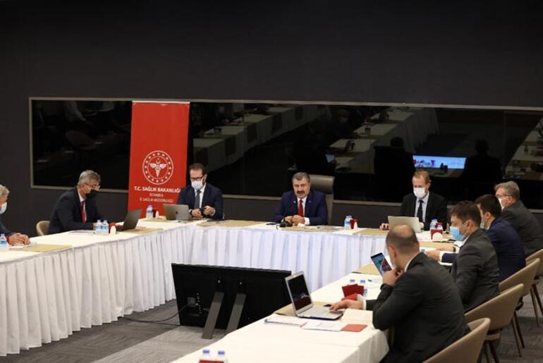 Bakan Kocadan İstanbuldaki corona virüs salgınıyla ilgili toplantı