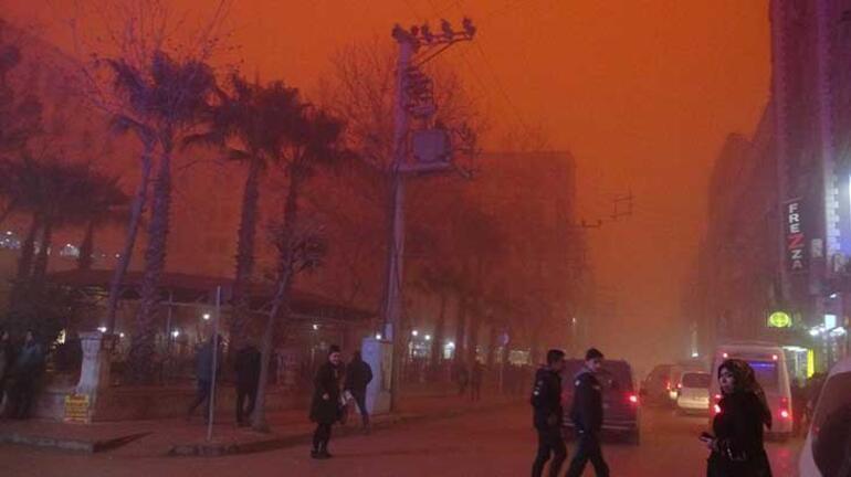 Flaş toz fırtınası uyarısı: Pencereleri açmayın, balkona çıkmayın