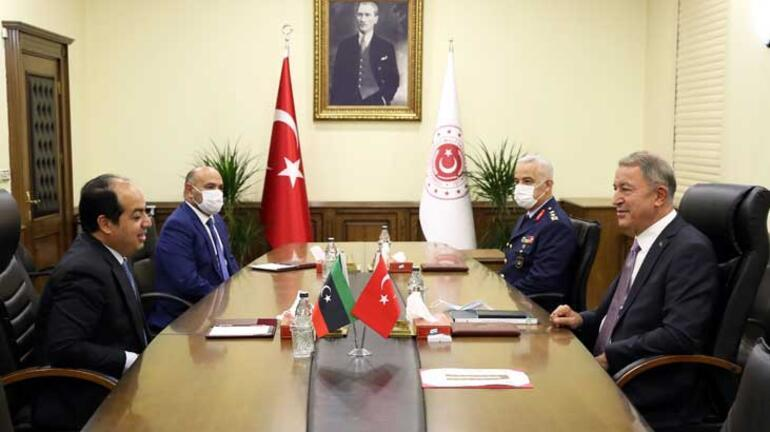 Bakan Akar, Libya UMH Başkanlık Konseyi Başkan Yardımcısı Maiteek ile görüştü
