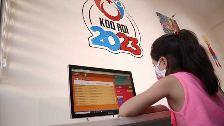 Bakan Kasapoğlu: 345 Gençlik Merkezimizi EBA erişim noktaları olarak hizmete sunduk