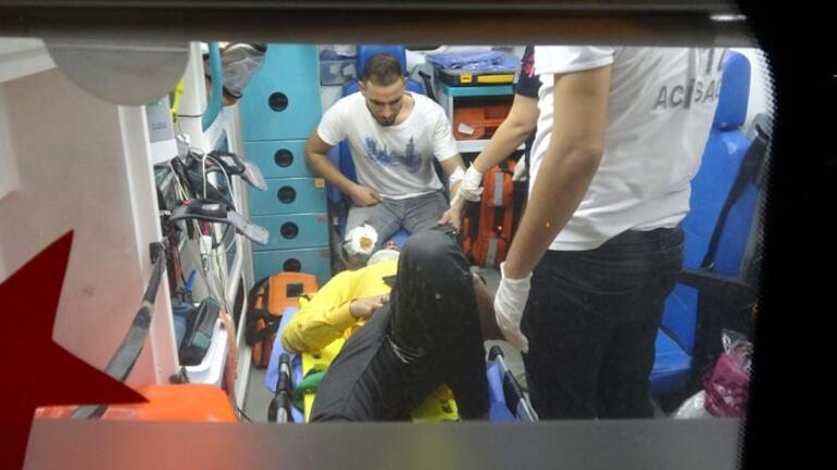 Adanada iki motosiklet çarpıştı 1 ağır 3 yaralı