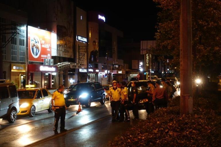 İzmirde otomobilin çarptığı yaya ağır yaralandı