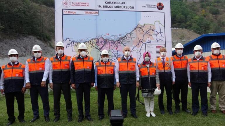 Bakan Karaismailoğlu, yeni Zigana Tüneli inşaatında incelemelerde bulundu