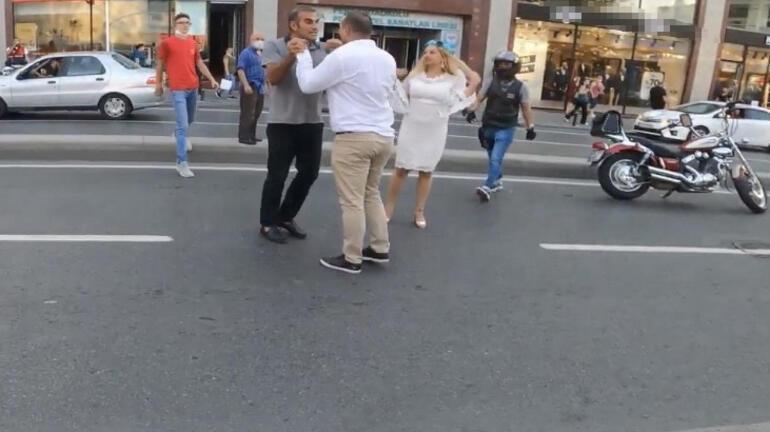 Yer: İstanbul... İki sürücü birbirine girdi