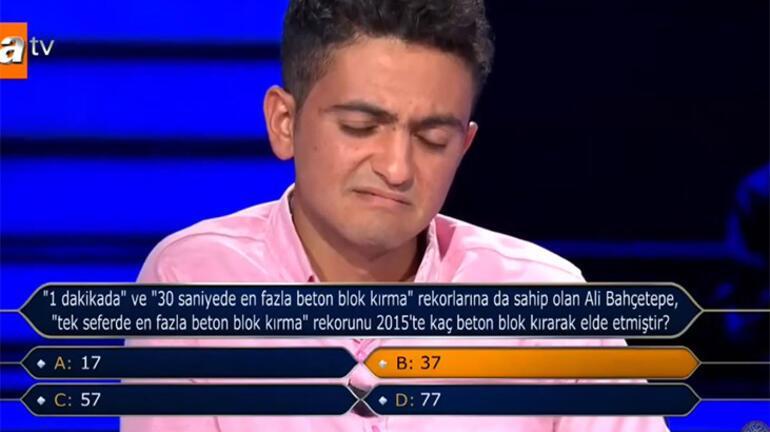 Urfalı Hikmet Kim Milyoner Olmak İster yarışmasına damga vurdu 250 bin TL'lik soru...