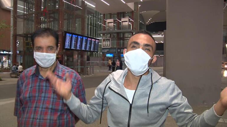 Libyada alıkonulan Türkler yurda döndü İlk işi bu oldu...