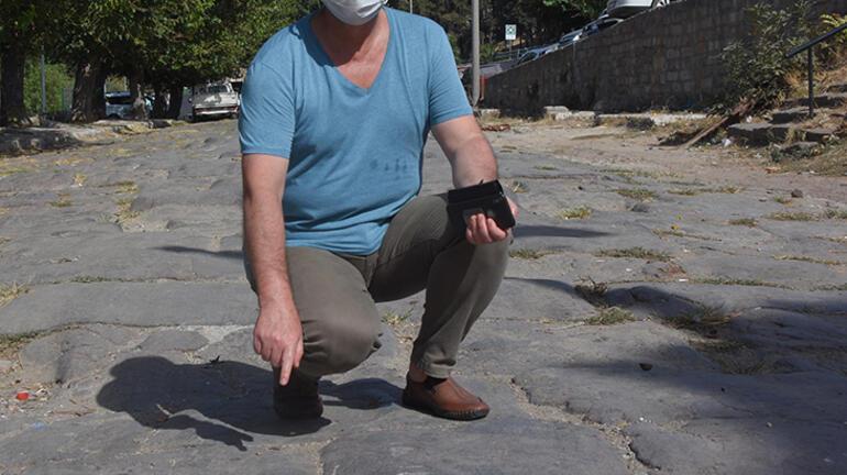 İki bin yıllık tarihi İpek Yolu, pazar yeri ve otopark oldu