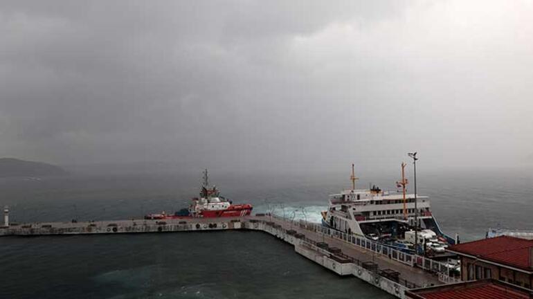 Son dakika... İstanbulda sağanak yağış Sefer iptalleri geldi