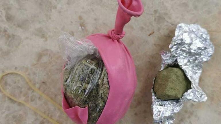 Antalyada balon, cips ve bisküvi paketlerinin içinden uyuşturucu çıktı