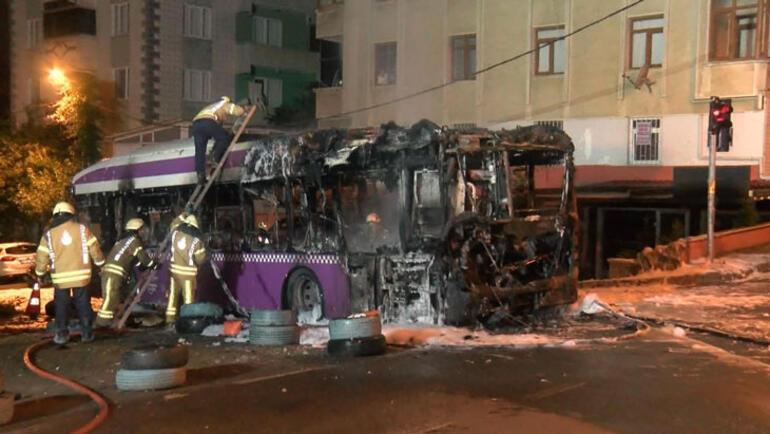 Beykozda otobüs alev alev yandı