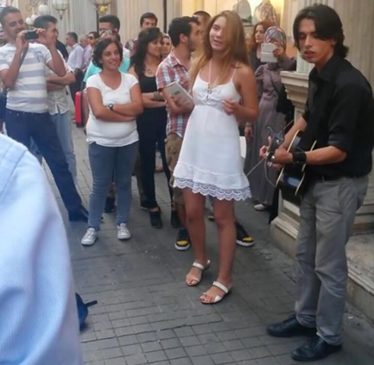 Aleyna Tilki yıllar önce Taksimde şarkı söylemiş