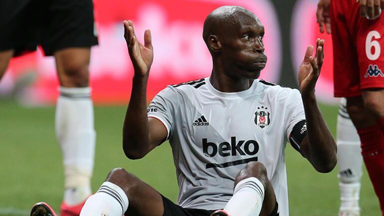 Son dakika - Beşiktaşta Sergen Yalçın şaşkın 37lik Atibayı geçemediler...