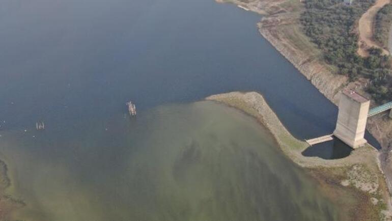 Alibeyköy Barajında sular çekildi Ortaya çıktı...