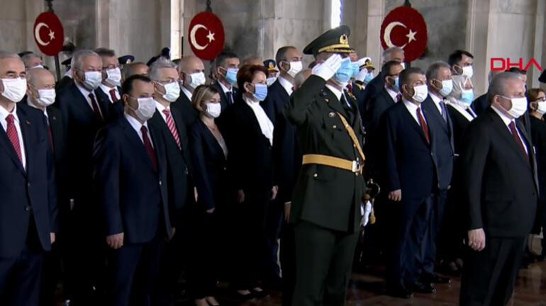 Son dakika... Cumhurbaşkanı Erdoğandan Cumhuyetin 97. yılında dikkat çeken mesaj