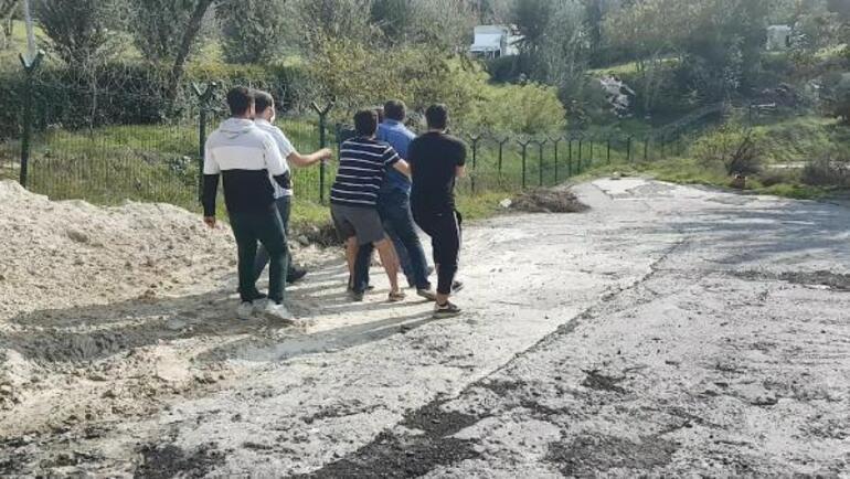 Yer: İstanbul Ortalık karıştı, bıçaklarla kovaladılar