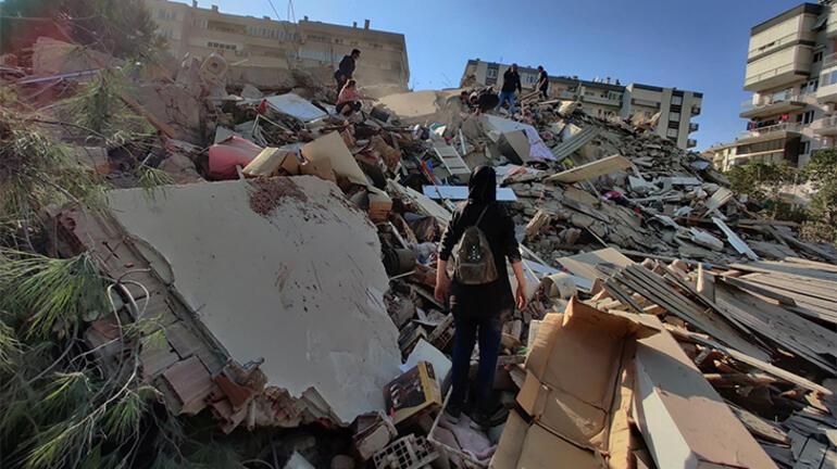 Son dakika... İzmirde deprem Enkazlarda arama kurtarma yapılıyor