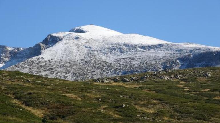 Bolu ve Uludağa mevsimin ilk karı düştü