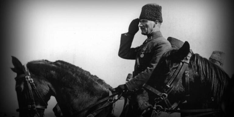 10 Kasım Atatürkü Anma mesajları  Ulu Önder Atatürke özlem dolu mesajlar