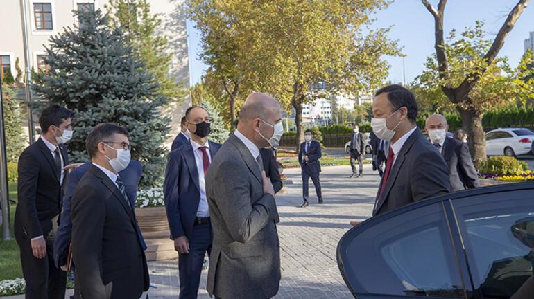 Bakan Soylu, Kırgızistan Dışişleri Bakanı Kazakbayev ile görüştü