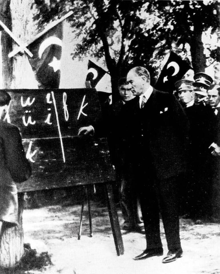 Atatürk devrimleriyle eğitimi millileştirdi